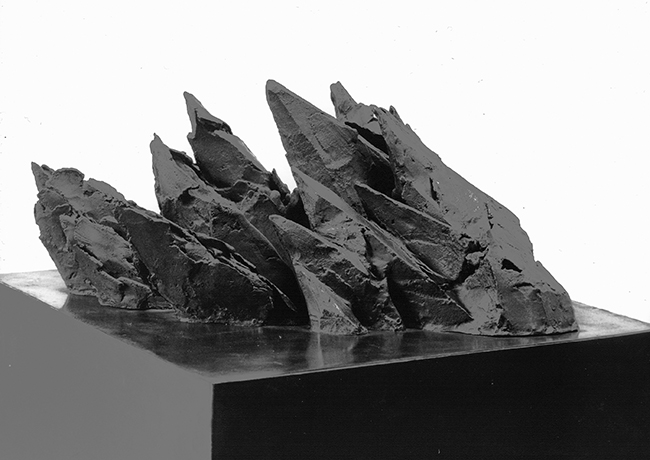 THRUSTING FORMS, bronze sculpture on steel base, 61 x 35 x 24 cm, 1989/90